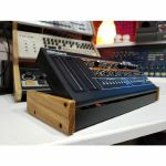 Synths & Wood Solid Oak End Cheeks Stand For Roland Boutique DK01 Docking Station