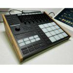 Synths & Woiod Native Instruments Maschine MK3 Oak Stand
