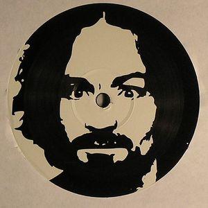 ROBOSAPIENS/DHD - Charlie Don't Surf EP