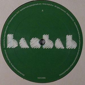 MR RAOUL K feat WAREIKA - Le Triangle Peul