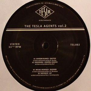 SHADOW RUNNER/IDEOGRAMA/MIGUEL MENDOZA/ARCANOID - The Tesla Agents Vol 2