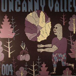SNEAKER/CVBOX/STEFAN LOHSE - Uncanny Valley 004