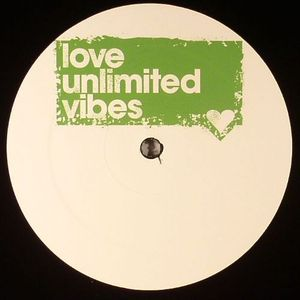 LOVE UNLIMITED VIBES - Luv Four