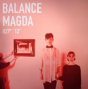 MAGDA/CORNERBRED - Balance 027