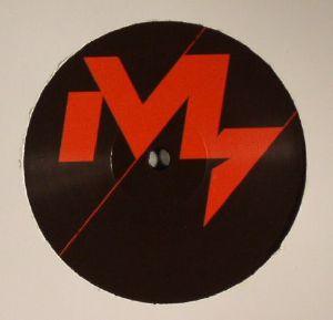 IO (MULEN)/SILAT BEKSI - Dub Ass