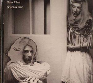 DEUX FILLES - Space & Time