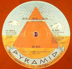 JAKKI/PHIL MEDLEY/THE MVB ORCHESTRA - Sun Sun Sun