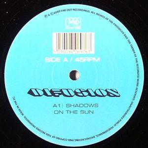 DIFUSION - Shadows On The Sun
