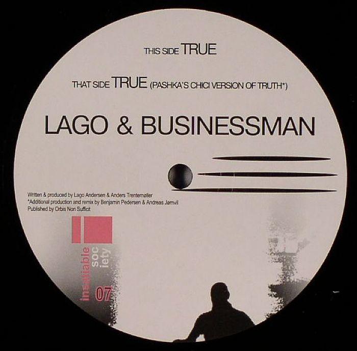LAGO & BUSINESSMAN - True