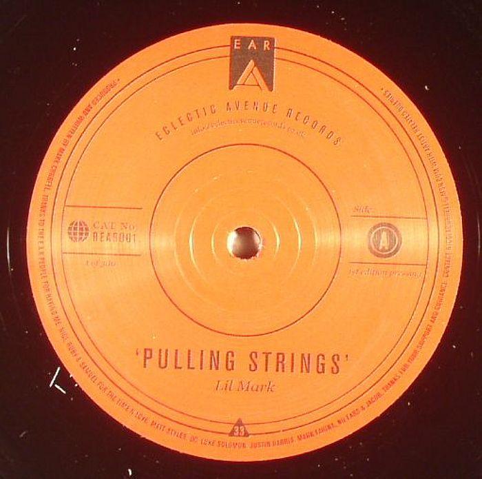 LIL MARK - Pulling Strings