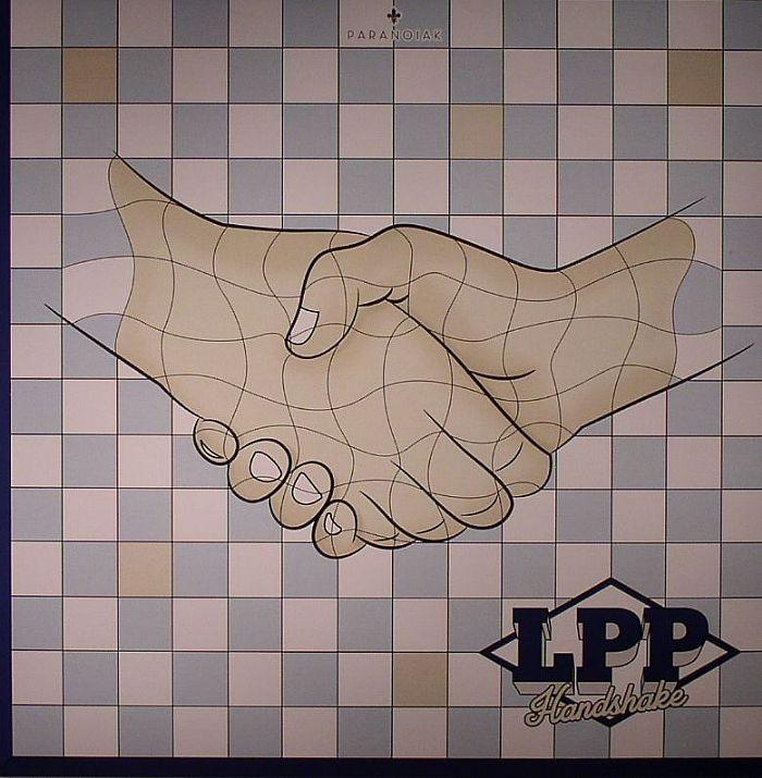 LES PETIT PILOUS - Handshake