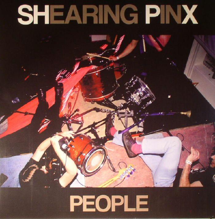 SHEARING PINX - People