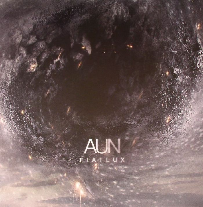 AUN - Fiat Lux