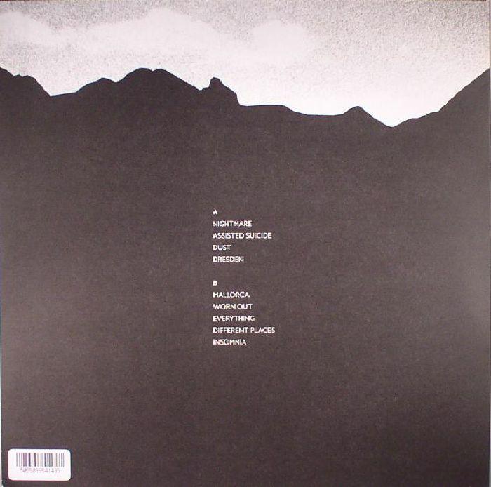 LEVITATIONS - Dust