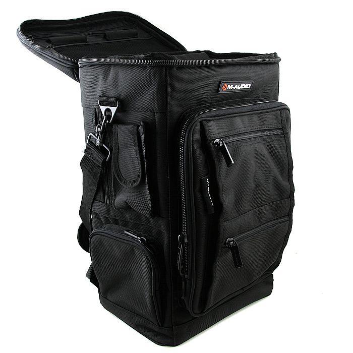 Рюкзак какой звук рюкзак крючком видео