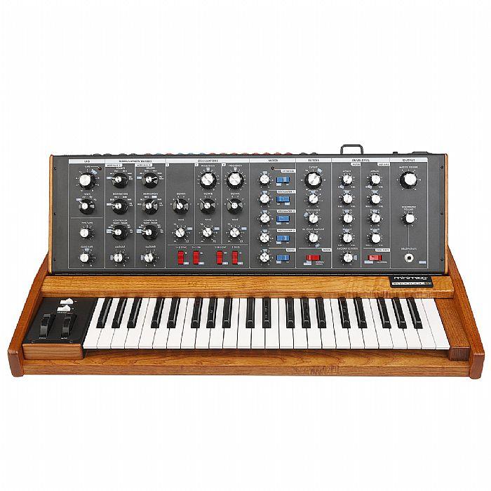 MOOG - Moog Minimoog Voyager Old School Synthesizer