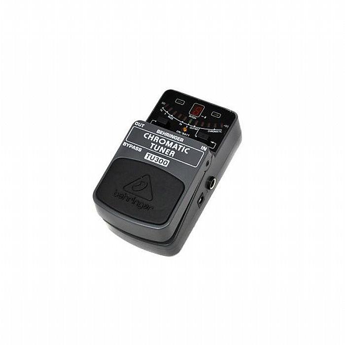 BEHRINGER - Behringer TU300 Chromatic Tuner Pedal for Guitar & Bass
