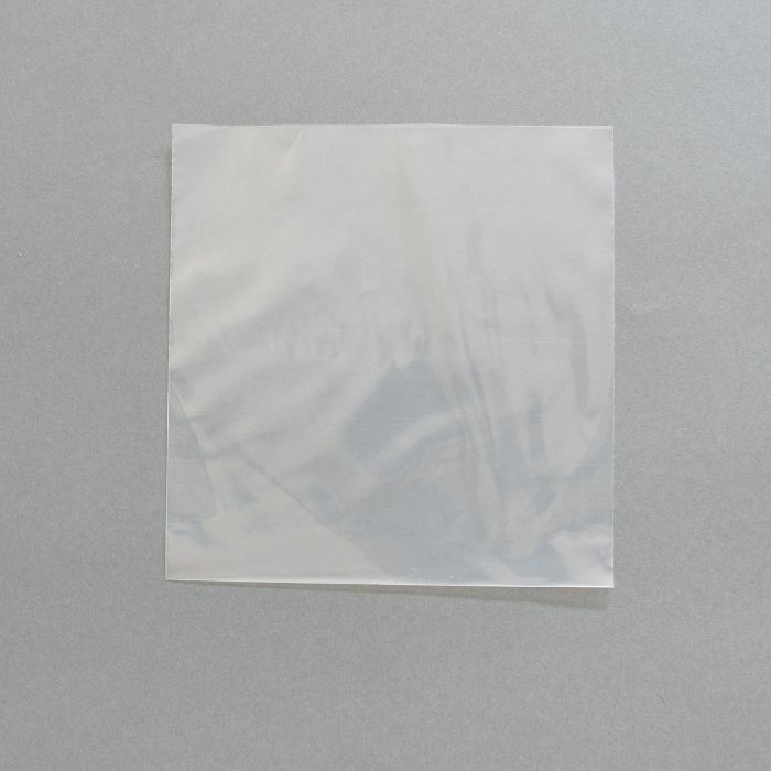 COVERS 33 - Covers 33 Polythene 7