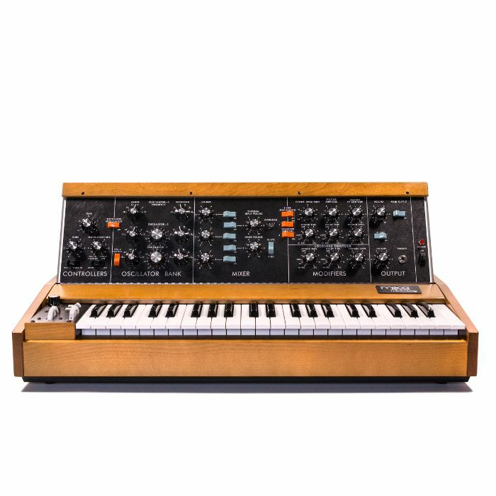MOOG - Moog Minimoog Model D Synthesizer
