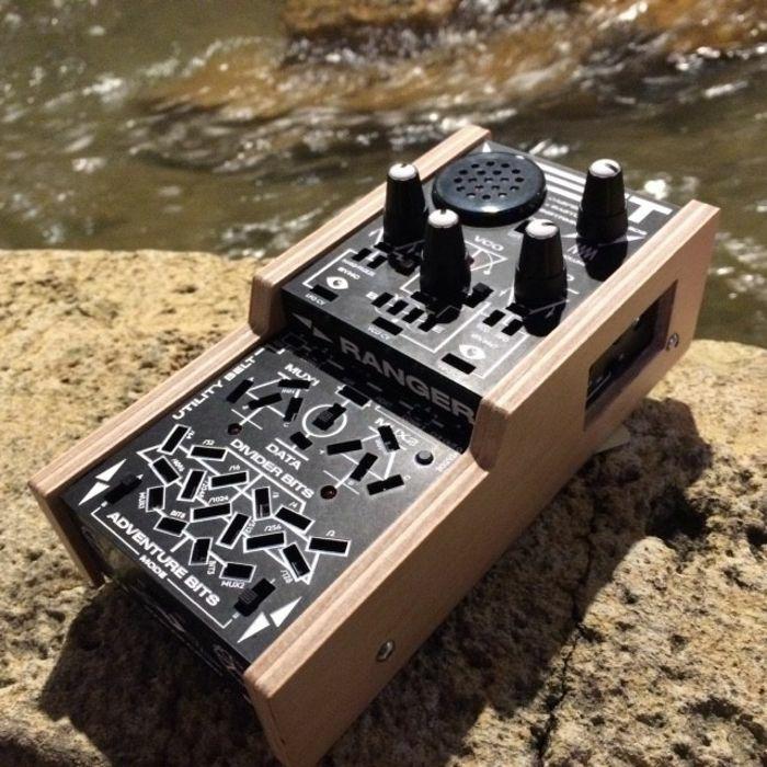 BASTL INSTRUMENTS - Bastl Instruments BitRanger Patchable Analog Logic Computer