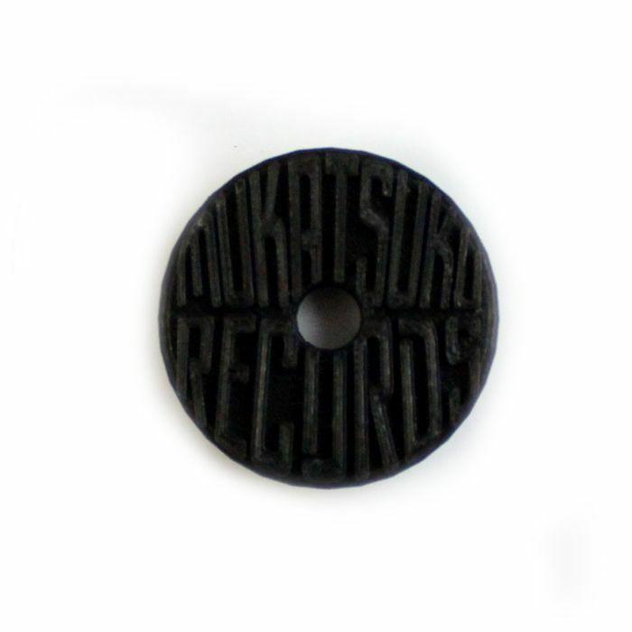 MUKATSUKU - Mukatsuku Branded 3D Logo 45 Adapter (black) *Juno Exclusive*