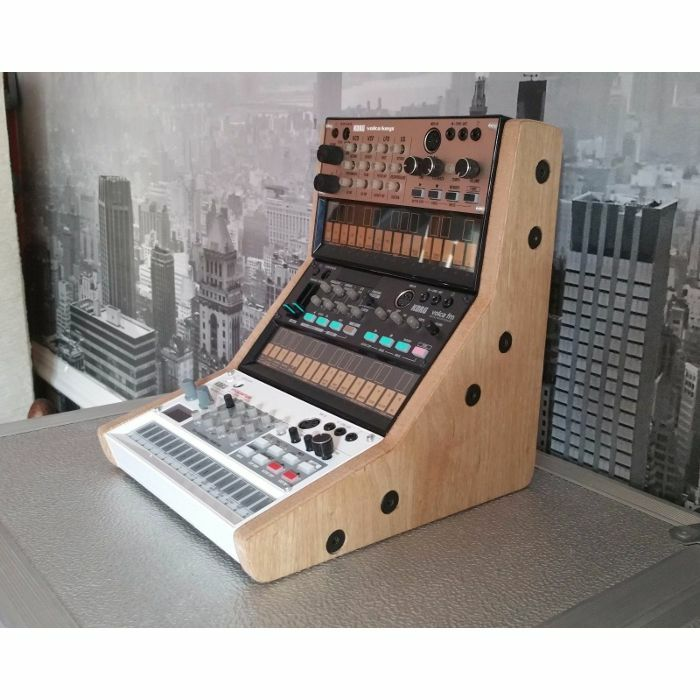 SYNTHS & WOOD - Synths & Wood Oak Veneered End Cheeks Triple Stand MK1 For Korg Volca Series Synthesiser