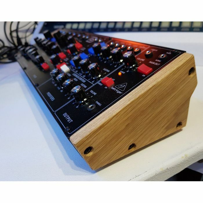 SYNTHS & WOOD - Synths & Wood Solid Oak End Cheeks Stand For Behringer Model D, Neutron & Pro 1 Synthesiser