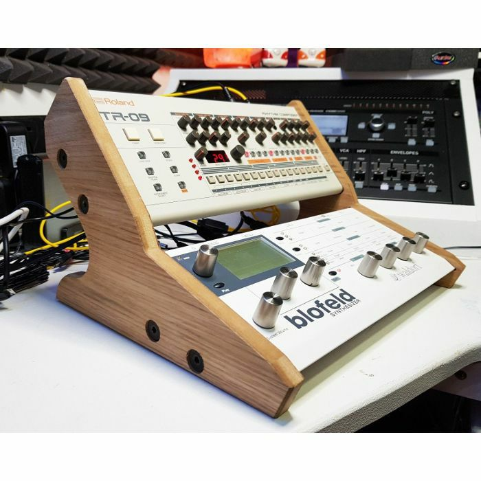 SYNTHS & WOOD - Synths & Wood Oak Veneered End Cheeks Dual Stand For Waldorf Blofeld, Pulse 2 & Roland Boutique Series Synthesiser