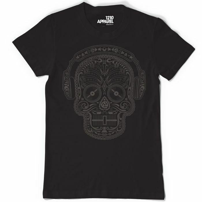DMC - Skull & Phones T Shirt (black, small)