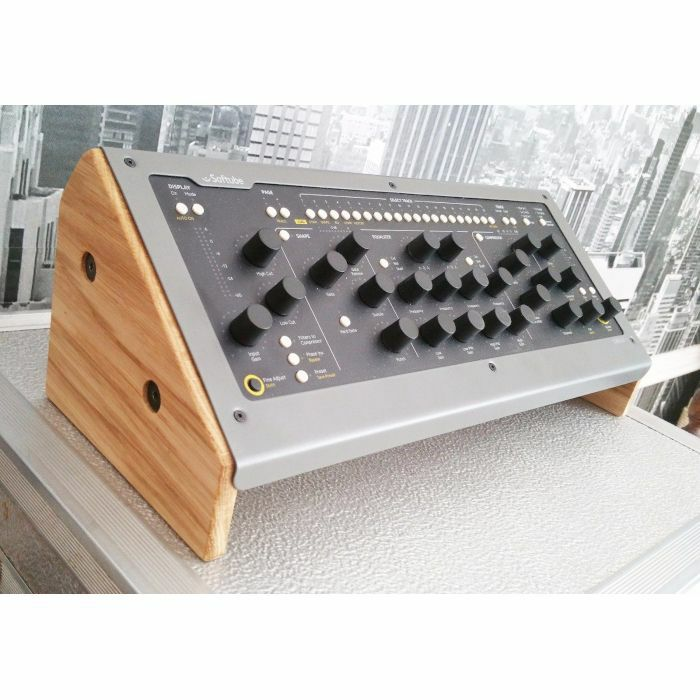 SYNTHS & WOOD - Synths & Wood Solid Oak End Cheeks Stand V2 For Softube Console 1 Mk1 & MK2 Controller