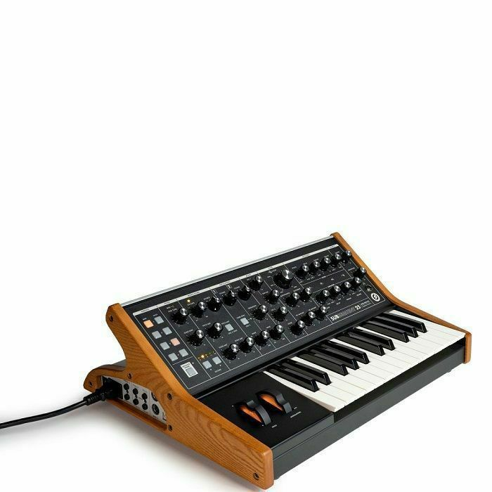 MOOG - Moog Subsequent 25 Paraphonic Analogue Synthesiser
