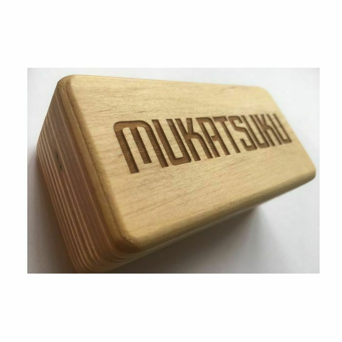 MUKATSUKU - Mukatsuku Bespoke Wooden Turntable 45 Adapter box to accomodate 2 x 7'' adapters (Juno exclusive)