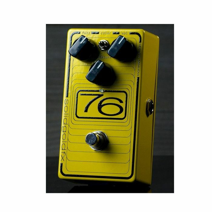 SOLID GOLD FX - Solid Gold FX 76 Octave Fuzz Octave-Up Fuzz Effects Pedal