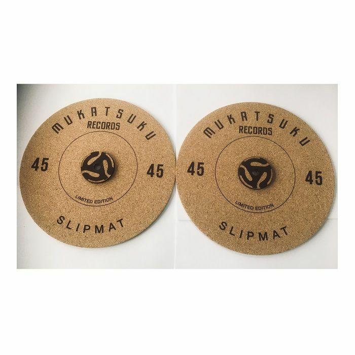 MUKATSUKU - Mukatsuku Pair Cork 45 Slipmats For Playing Dinked 7 Inch Records (Juno Exclusive)