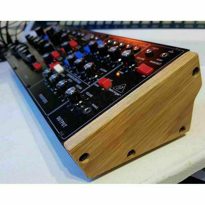 SYNTHS & WOOD - Synths & Wood Behringer Model D/Neutron/K2/Pro 1/CAT Solid Oak End Cheeks